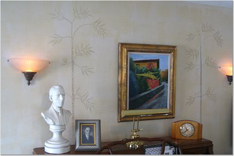 This venetian plaster technique works great to cover up imperfections in old walls. Here it made my 161-year-old horsehair plaster walls as smooth as a mirror.