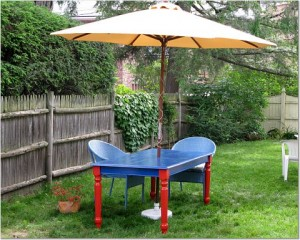 Since I was going to use paint, I decided to make my outdoor dining table a little bit funky. (Photo by Mark Micheli)