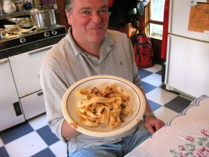 My friend Michael enjoyed a plate of this updated pasta dish on a recent visit to the RootsLiving kitchen.