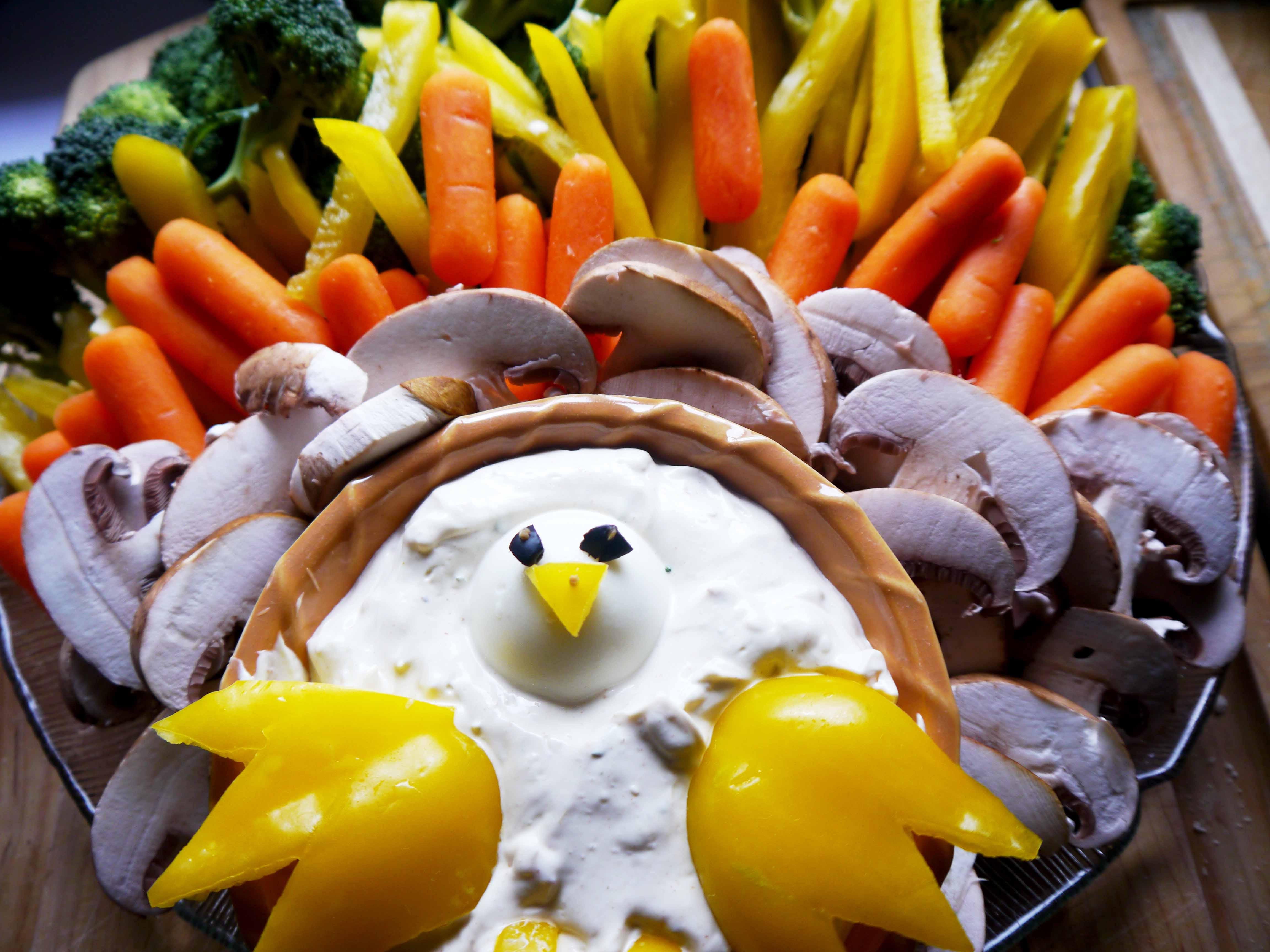 Veggie Turkey Platter and Dip