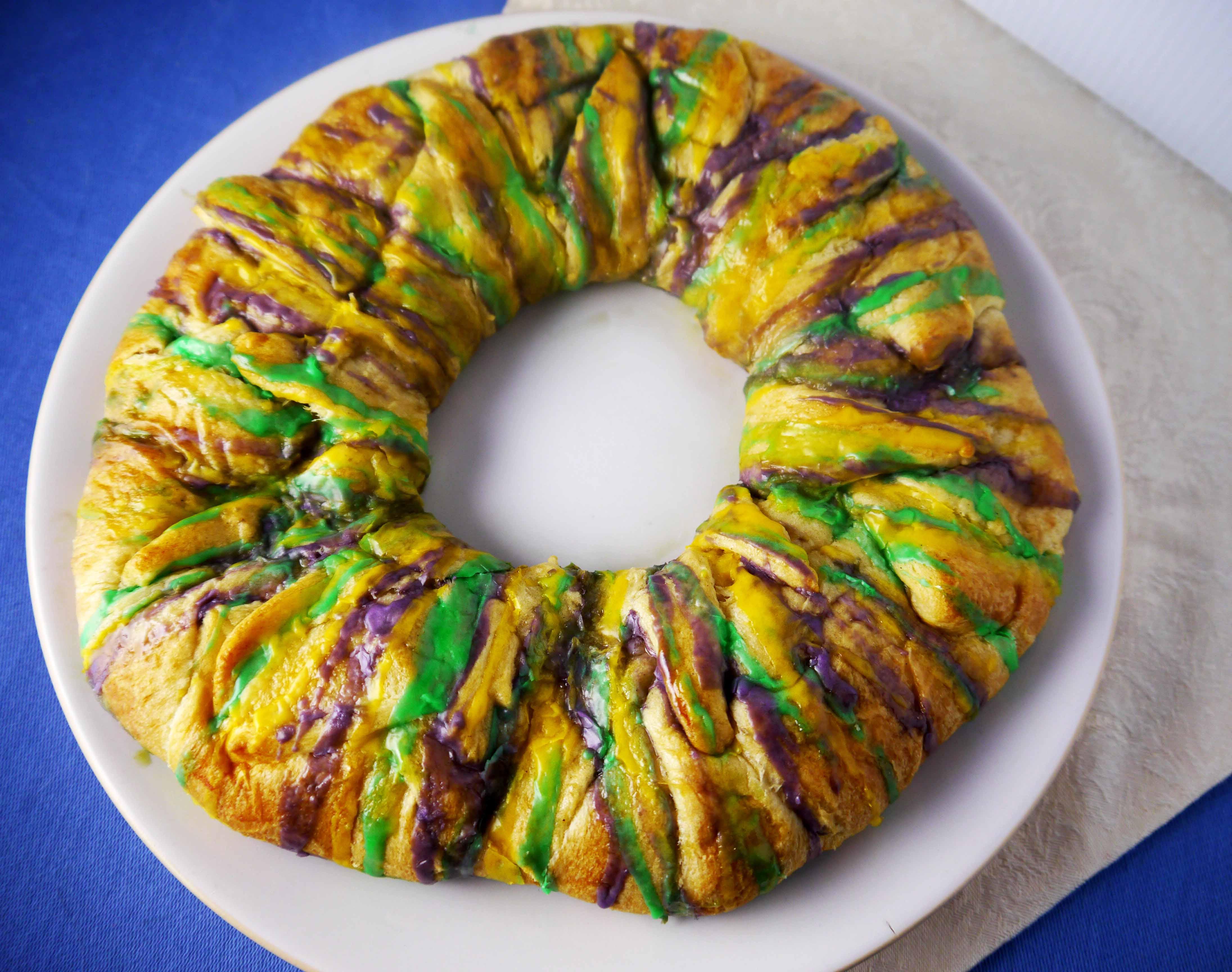 Eat This King Cake While Watching a Virtual Mardi Gras This Year